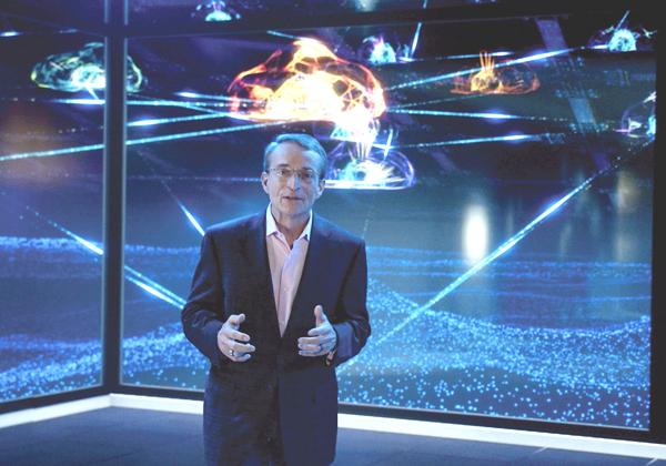 """פט גלסינגר, מנכ""""ל אינטל. צילום: יח""""צ"""
