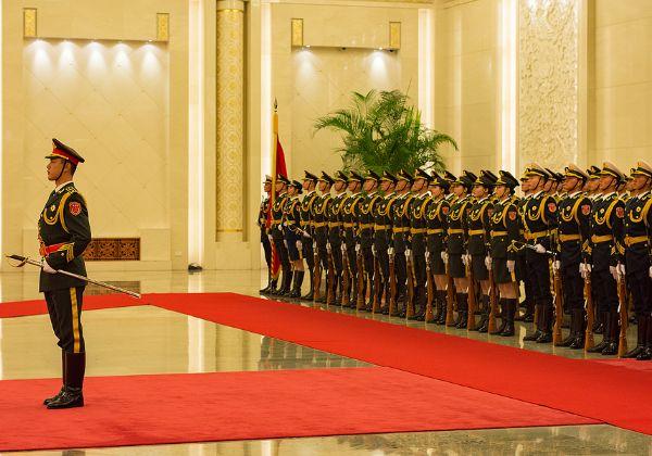האם SMIC עובדת איתו? צבא השחרור העממי של סין. צילום: BigStock