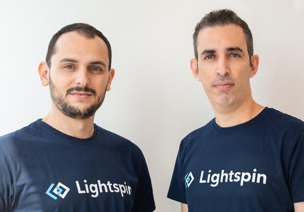 """משמאל: אור אזרזר, סמנכ""""ל טכנולוגיה, וולדי סנדלר, מנכ""""ל - לייטספין. צילום: ליהיא בנימין"""