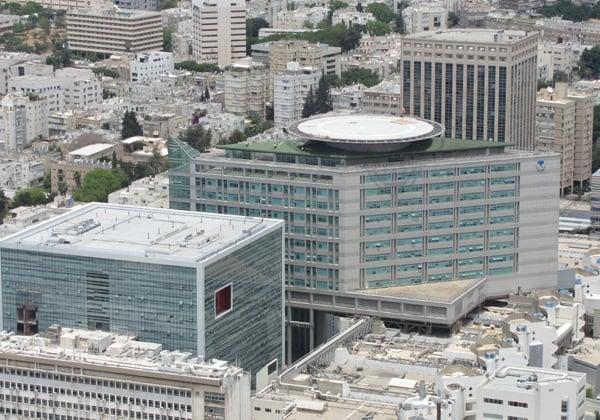 בית החולים איכילוב. צילום: אלכס ג'יליצקי, מתוך ויקיפדיה
