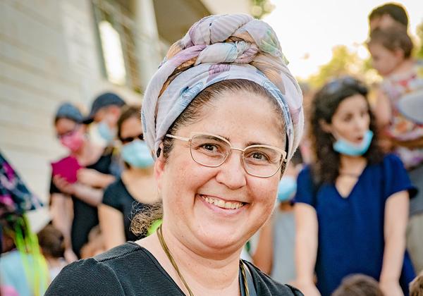 אילה דנינו, מנהלת החממה ומרכז פאני קפלן. צילום: סטודיו נתנאל תבל