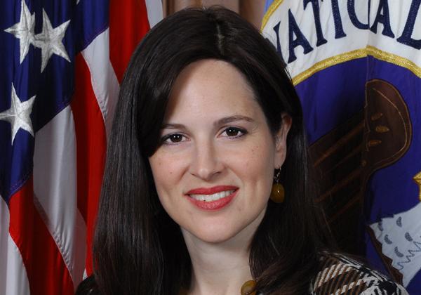 """תוביל את תגובת ארה""""ב למתקפה. אן נויברגר, סגנית היועץ לביטחון לאומי של ארה""""ב לתחומי הסייבר וטכנולוגיות בצמיחה. צילום: ה-NSA"""