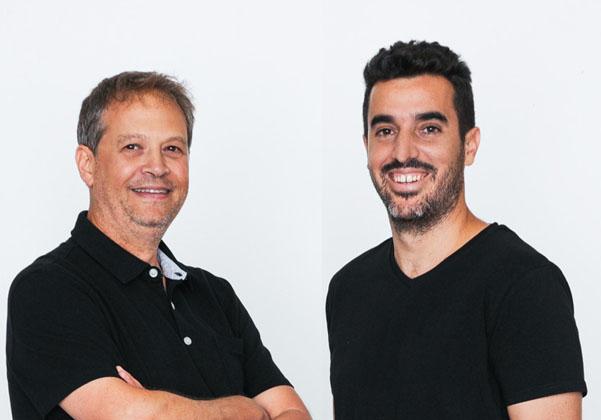 """מימין: אושרי מויאל, מנהל הטכנולוגיות ומייסד, וגיל פקלמן, מנכ""""ל ומייסד - אטרה. צילום: גילי לוינסון"""