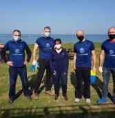 עובדי סייברארק התגייסו לסייע בניקוי הזפת בחוף פלמחים