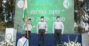 """ראש אמ""""ן, האלוף תמיר הימן (במרכז), עם המפקדים היוצא והנכנס של יחידה 8200, תא""""ל א' ותא""""ל י', בהתאמה. צילום: דובר צה""""ל"""
