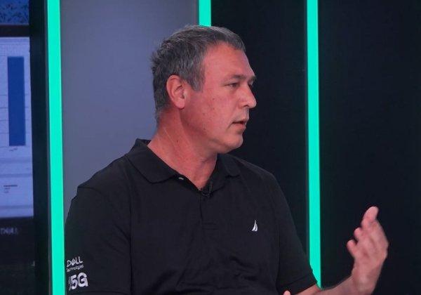 אבנר פליגמן, מהנדס מערכות בדל ישראל. צילום מסך מסרטון הווידיאו של אנשים ומחשבים