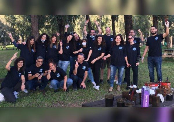 צוות הצובעים של מטריקס. צילום: מיכל דור