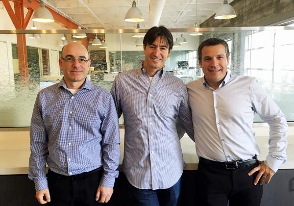 """מייסדי נקסט אינשורנס ניסים טפירו, סמנכ""""ל מחקר ופיתוח, גיא גולדשטיין, המכהן כמנכ""""ל, ואלון חורי, סמנכ""""ל הטכנולוגיות. צילום: יח""""צ"""