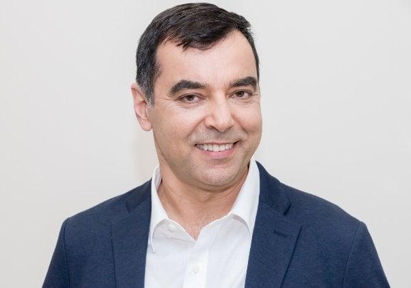 פרופ' אמנון שעשוע, המייסד והבעלים של הבנק הדיגיטלי הראשון. צילום: יונתן הפנר