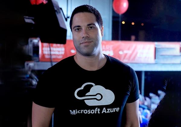 """אדיר רון, מנהל חדשנות ופיתוח ענן במיקרוסופט לאזור MEA. צילום: יח""""צ"""