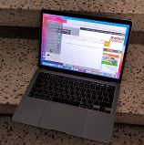 סקירה: MacBook Pro 2020 עם מעבד M1 – פורץ את גבולות הגזרה