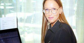 """פנינה אלדי, סמנכ""""לית חטיבת מוצרים ושיווק באמת מיחשוב. צילום: ניב קנטור"""