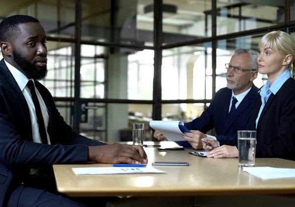 אפליה על רקע גזעי במקום העבודה. צילום אילוסטרציה: BigStock