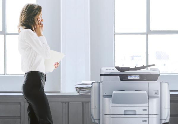 מדפסות הזרקת הדיו הן בחירה ידידותית יותר לסביבה. צילום: אפסון