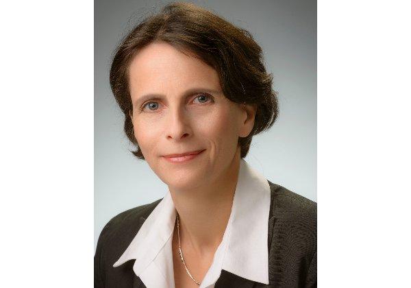 """ד""""ר אפרת שפר, נשיאת פיליפס ישראל. צילום: סטודיו שלמה שהם"""