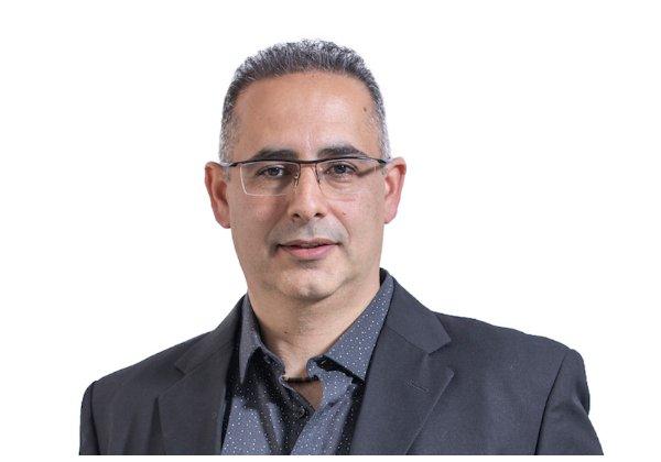 יניב אמינוף, מנהל מכירות החטיבה העסקית, הדפסה וסריקה, Epson ישראל. צילום: דניל אסתרקין, פוניה