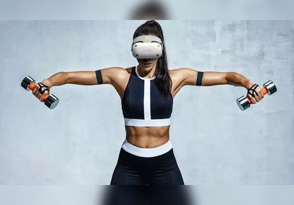 עושים כושר וירטואלי. VIVE Air VR של HTC. צילום: מדריך העיצוב העולמי
