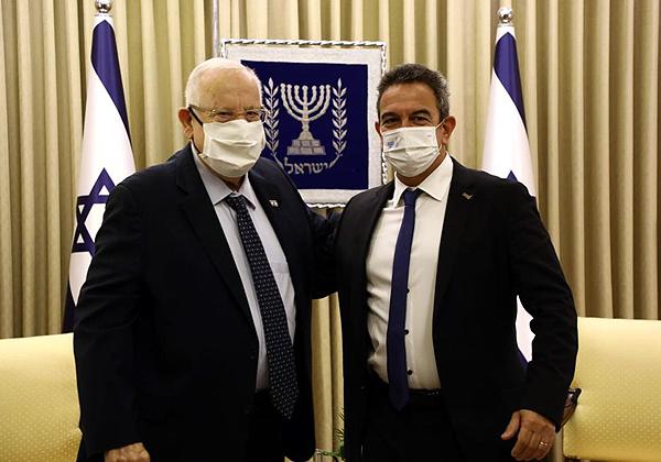 """נשיא המדינה, ראובן ריבלין (משמאל), ונשיא התאחדות התעשיינים, ד""""ר רון תומר, באירוע היום (ב'). צילום: סיוון פרג'"""