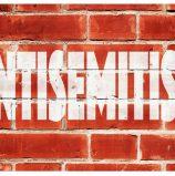 מאבק באנטישמיות: יש מי שיושב לרשתות החברתיות על הזנב