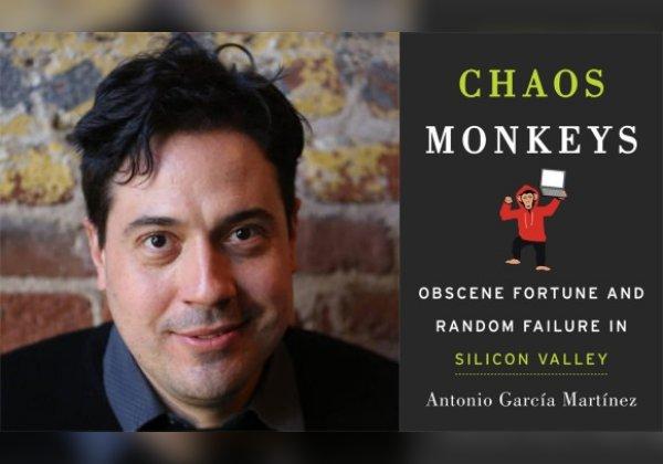 נשכר לשורות אפל ומיד פוטר. אנטוניו גרסיה מרטינס וכריכת סיפרו. צילומים: אתר הספר Chaos Monkey