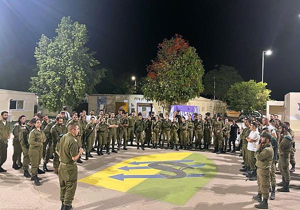 """חיילים בגדוד התקשוב של אוגדת עזה בזמן מבצע שומר החומות. צילום: דובר צה""""ל"""