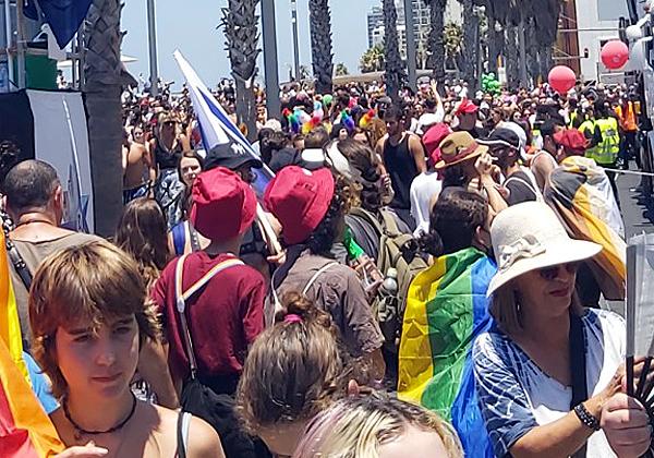 מצעד הגאווה בתל אביב ביום ו' האחרון. צילום: יניב הלפרין