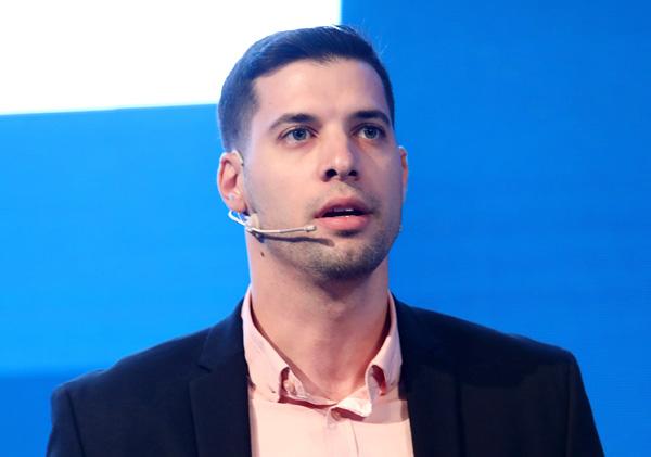 איציק סקוברוניק, מהנדס מערכות, קומוולט ישראל. צילום: ניב קנטור