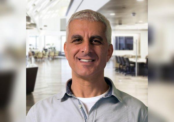 """דניאל בן עטר, מנהל משותף של כל מפעלי הייצור של אינטל, וסגן נשיא אינטל העולמית. צילום: יח""""צ"""