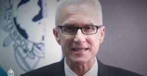 יורגן סטוק, המזכיר הכללי של האינטרפול. צילום: לכידת מסך מיו-טיוב