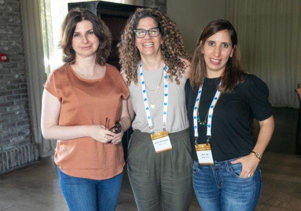 מימין לשמאל: עדי רוימי, שרון שלום מירון, אילונה ברוטמן, נתיבי ישראל. צילום: הצלמניה של שרונה