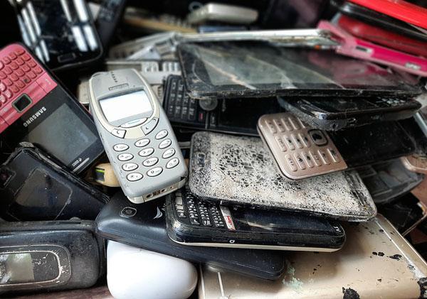 ענקיות הטק - בין הגורמים להצטברות של פסולת אלקטרונית. צילום: BigStock
