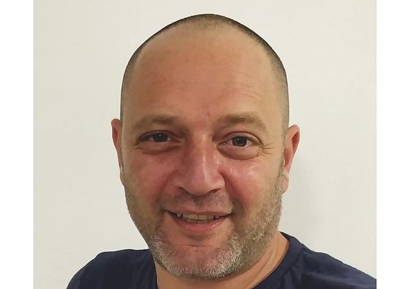 ארקדי קריסטל, מנהל דליברי סיילספורס במלם תים. צילום עצמי