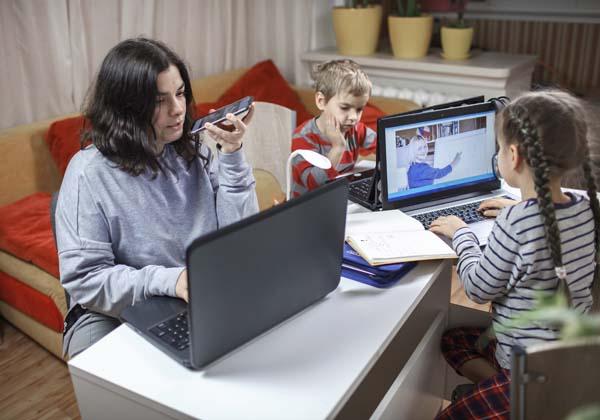 העבודה והילדים במקום אחד. צילום אילוסטרציה: BigStock