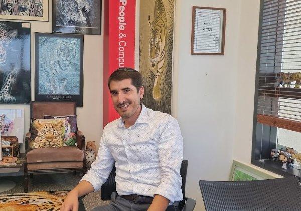 אביתר פרץ, מנהל מחלקת חדשנות ודיגיטל במינהל הרכש הממשלתי באגף החשב הכללי במשרד האוצר. צילום: פלי הנמר